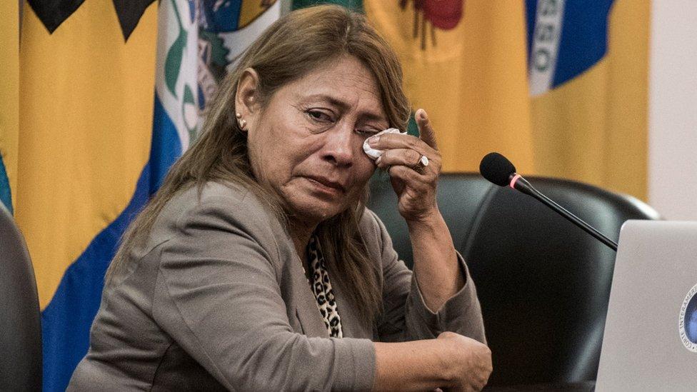 El caso de Paola Guzmán, la adolescente ecuatoriana que se suicidó tras sufrir abusos sexuales en su escuela, por el que el gobierno de Ecuador aceptó responsabilidad 18 años más tarde