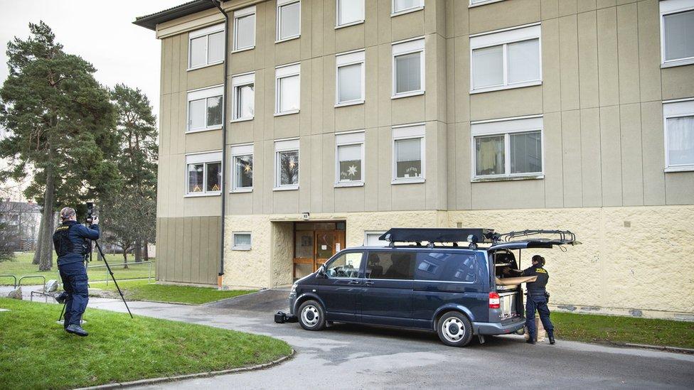 La mujer detenida en Suecia por encerrar a su hijo en un piso durante años