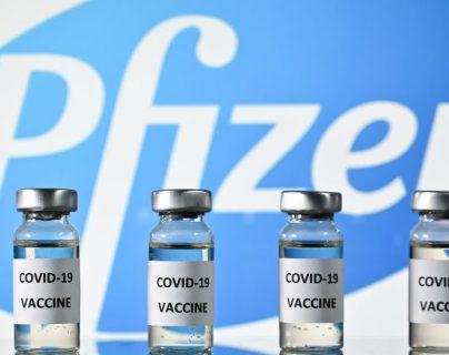 Reino Unido fue el primer país del mundo en aprobar una vacuna contra el nuevo coronavirus. GETTY IMAGES
