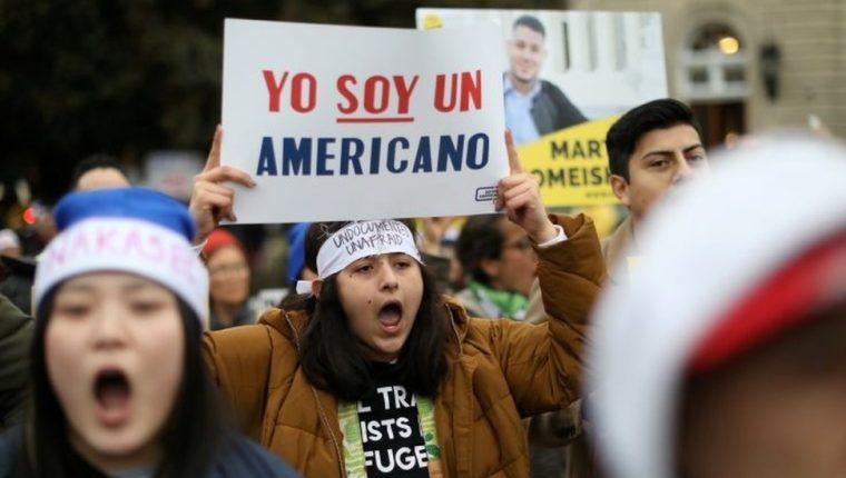Migrantes en Estados Unidos llevan años defendiendo la vigencia del programa DACA.