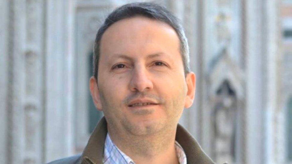 El doctor que quería salvar vidas y acabó en el corredor de la muerte de Irán