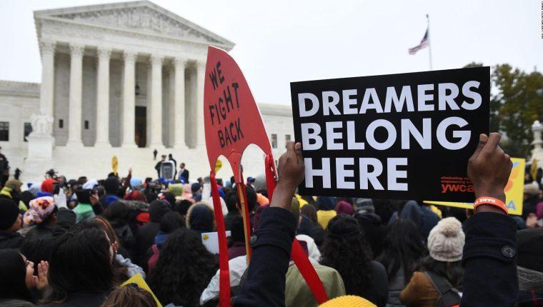 Miles de jóvenes son beneficiados con el DACA en Estados Unidos. (Foto: Hemeroteca PL)