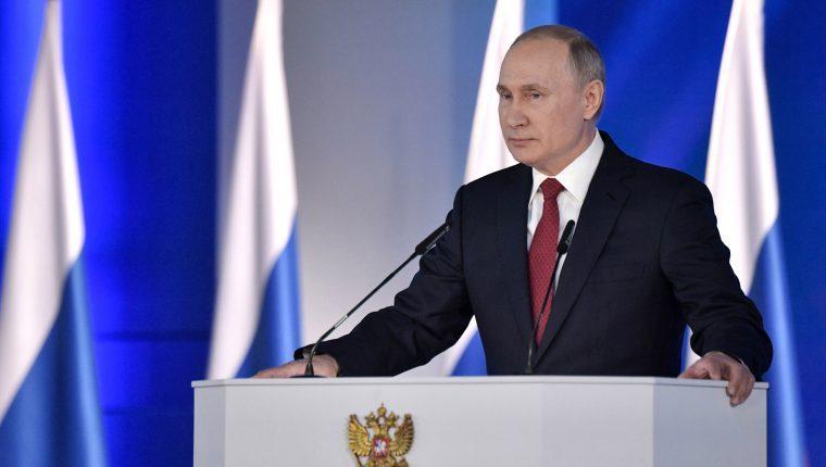 Vladimir Putin dijo que aún no se aplicó la vacuna de Sputnik V porque no es recomendable para mayores de 60 años
