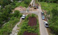 MEX1872. MAXCANÚ (MÉXICO), 09/12/2020.- Fotografía tomada con un drone de una vista general de la construcción de los primeros tres tramos del Tren Maya, hoy en el municipio de Mazcanú, en el estado de Yucatán (México). Las obras de los tres primeros tramos del Tren Maya, un ferrocarril turístico impulsado por el Gobierno mexicano para el sureste del país, recibieron el aval medioambiental para su construcción, informó este miércoles el Fondo Nacional de Fomento al Turismo (Fonatur). EFE/Cuauhtémoc Moreno