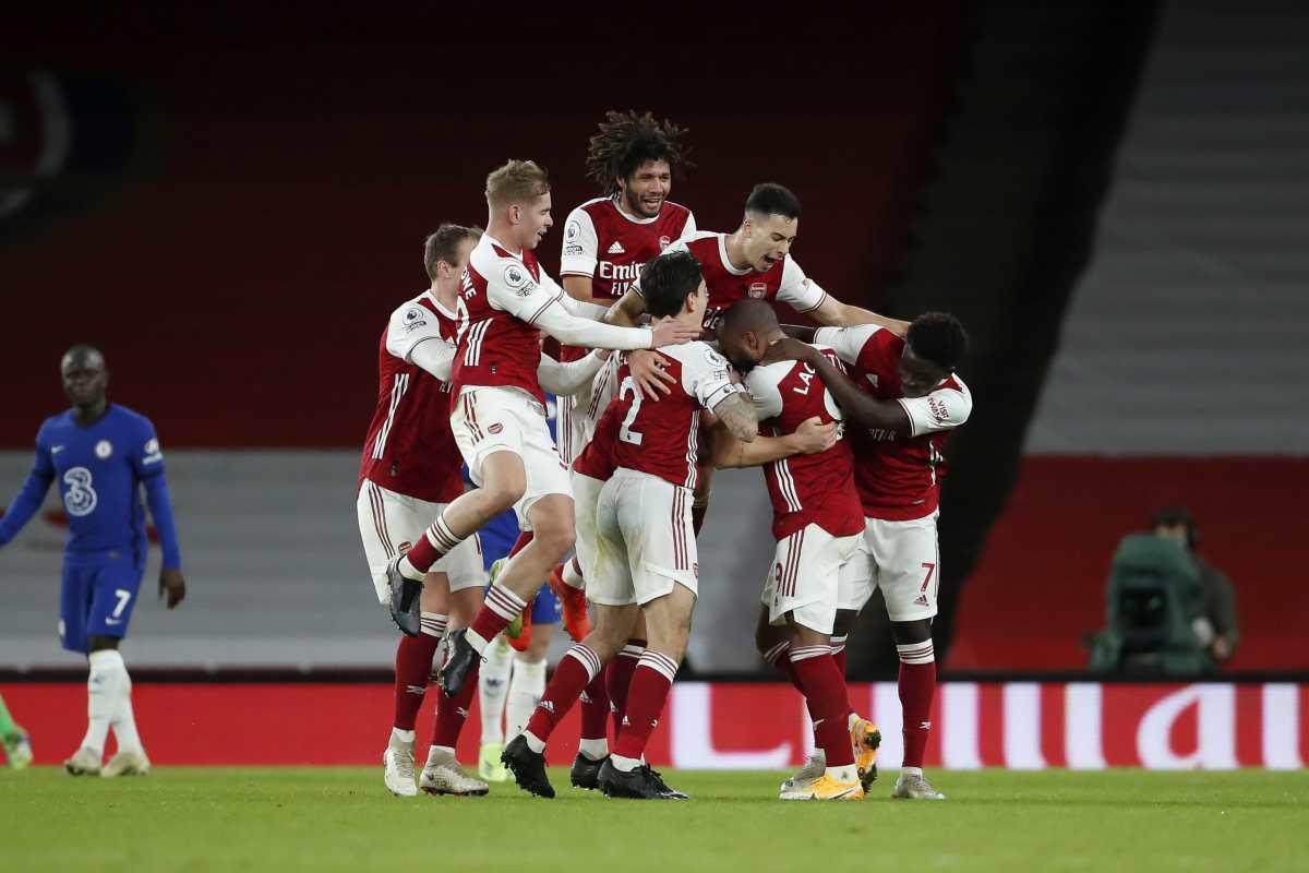 El Arsenal de Arteta frena su caída con triunfo 3-1 ante Chelsea