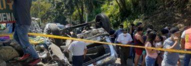 Lugar del accidente en la ruta entre San Marcos y Malacatán. (Foto Prensa Libre: Bomberos Municipales Departamentales)