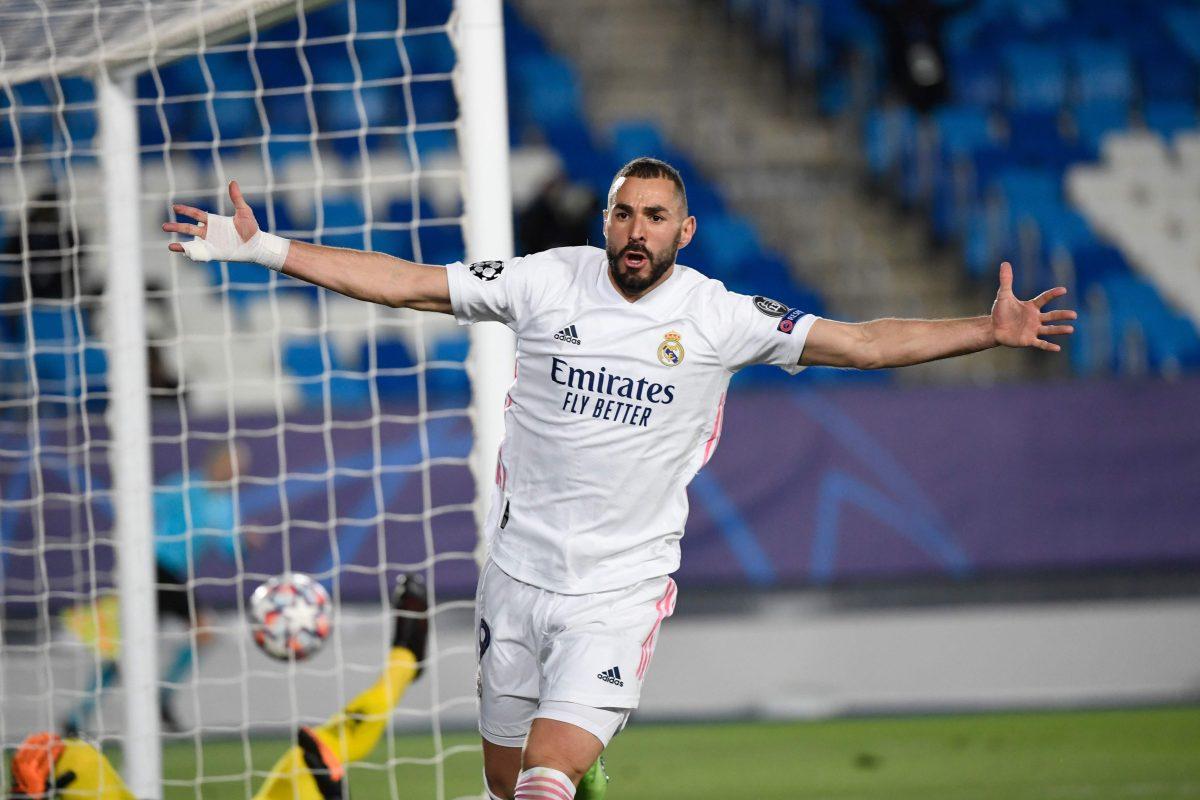 Real Madrid, y Karim Benzema, cumplen ante el Monchengladbach y avanzan a los octavos