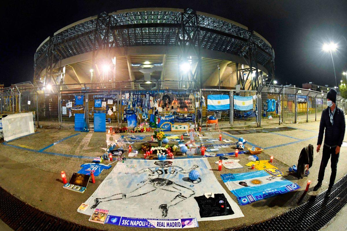 Napoli y la Real Sociedad avanzan a siguiente fase tras empatar en el estreno del estadio Diego Armando Maradona
