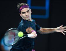 Roger Federar cumplirá 40 años en 2021, por lo que el retiro como tenista profesional cada vez está más cerca. (Foto Prensa Libre: AFP)