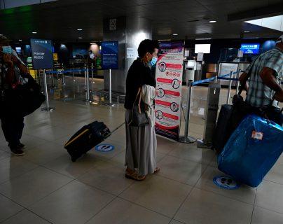 En enero de 2021 ya no se exigirá pruebas de coronavirus a pasajeros que ingresen a Guatemala, porque las harán en el aeropuerto