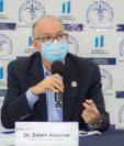 Edwin Asturias teme que los guatemaltecos no respeten las recomendaciones para evitar contagios de coronavirus durante las festividades de fin de año. (Foto Prensa Libre: Coprecovid)