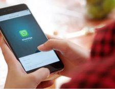 WhatsApp permite la publicación de estados o historias. (Foto Prensa Libre:)