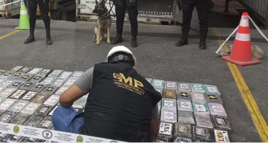 Decomisan 168 paquetes de cocaína en contenedor proveniente de Costa Rica