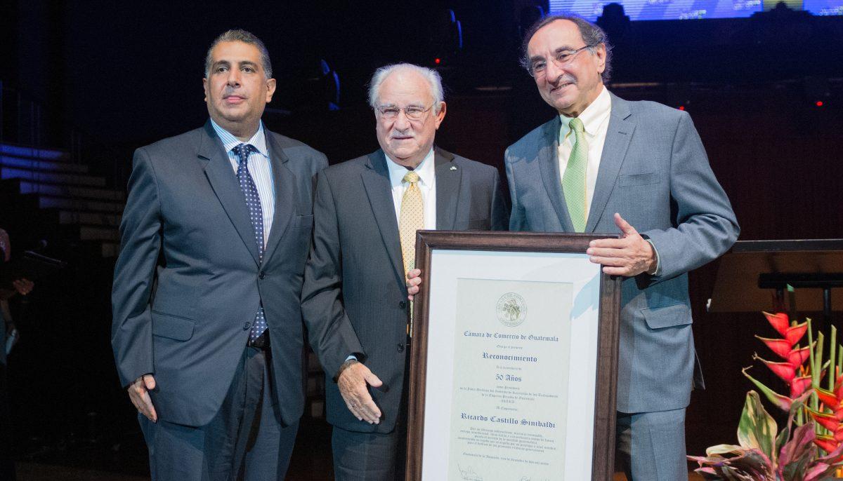 Sector empresarial reconoce el trabajo de Ricardo Castillo Sinibaldi, presidente del Irtra desde hace 50 años