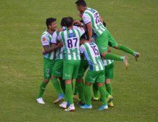 Antigua GFC celebra el triunfo ante Santa Lucía en partido pendiente de la jornada seis. Foto Prensa Libre: Cortesía @andresNadf