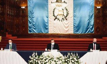 ¿En qué consiste el memorando de entendimiento sobre la Iniciativa América Crece que firmó EE. UU. y Guatemala?