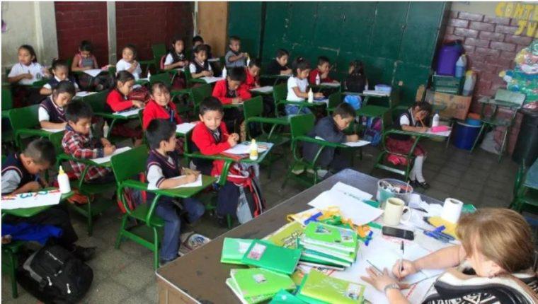 Colegios privados solicitan impartir clases híbridas. (Foto Prensa Libre: Hemeroteca PL)
