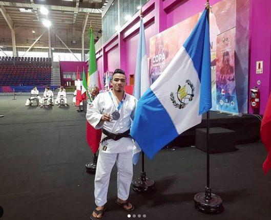 José Ramos consiguió en Perú una medalla de plata. Foto Prensa Libre: CDAG