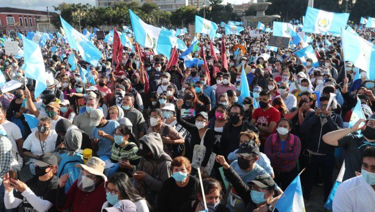 Manifestaciones contra el gobierno de Alejandro Giammattei, el Centro de Gobierno y  el Congreso se reactivaron en noviembre del 2020. (Foto, Prensa Libre: Hemeroteca PL).