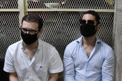 Luis Enrique Martinelli (R) and Ricardo Martinelli Jr., hijos del expresidente panameño Ricardo Martinelli (2009-2014). (Foto Prensa Libre: AFP)