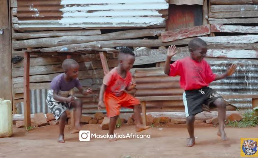 Los niños de 'Masaka Kids Africana' arrasan de nuevo en Internet con un baile en el que felicitan la Navidad
