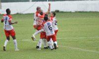 Deportivo Mictlán le ganó la serie 5 a 2 a Siquinalá. Foto Prensa Libre: Cortesía Andrés Nadf.