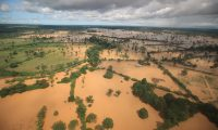 El exceso de lluvia por Eta e Iota dejó comunidades inundadas, cosechas perdidas y ríos desbordados en varios departamentos. Foto: Carlos Hernández
