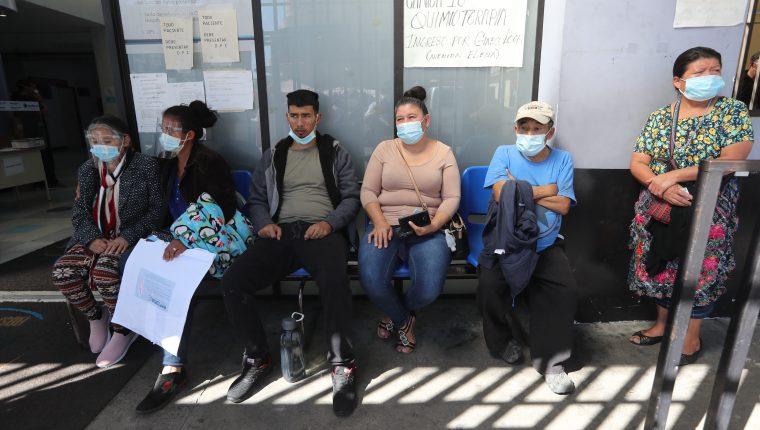 Guatemala presenta rezagos en la adquisición de la vacuna para el covid-19 y sectores urgieron el proceso. (Foto Prensa Libre: Hemeroteca)