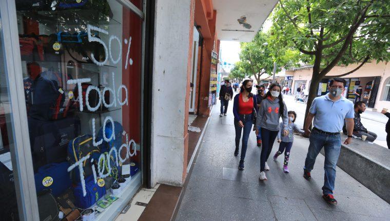 En 2020 los efectos del coronavirus impactaron en el clima de negocios e inversión a los agentes económicos. (Foto Prensa Libre: Hemeroteca)