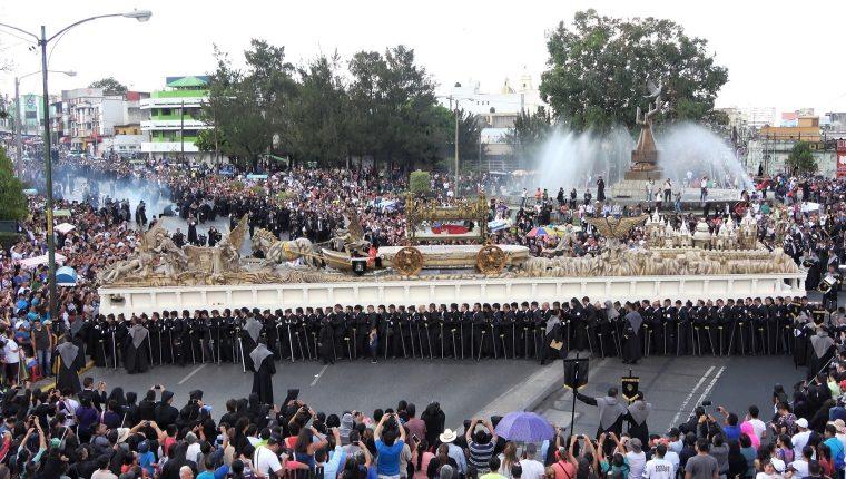 Las procesiones de la Semana Santa 2021 en Guatemala fueron suspendidas con el fin de evitar aglomeraciones. (Foto Prensa Libre: Geovanni Contreras)