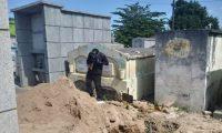 Los restos fueron inhumados en una tumba de un cementerio de Sanarate, El Progreso. (Foto: MP)