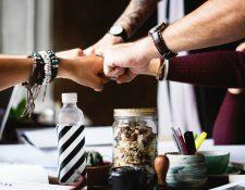 Escalar en el trabajo con trabajo en equipo