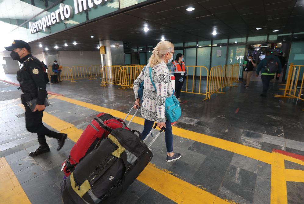 Coronavirus: Aerolíneas solicitan a Ministerio de Salud eliminar prueba PCR para bajar costos a pasajeros