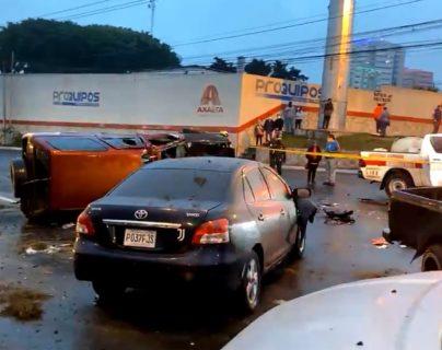 Múltiple accidente se registró en el periférico este 31 de diciembre de 2020. (Foto Prensa Libre: captura de pantalla)