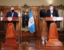 El binomio presidencial no informó cuáles fueron los acuerdos a los que llegaron para reconciliarse. (Foto Prensa Libre: Gobierno de Guatemala)