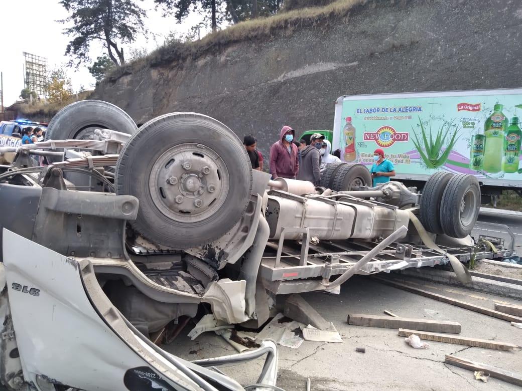 Accidente fatal en Quetzaltenango: un muerto y varios heridos en colisión múltiple