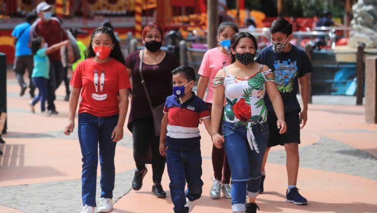 Este viernes 4 de diciembre se hicieron pruebas de cómo funcionarán los parques del Irtra en la nueva normalidad. (Foto Prensa Libre: Juan Diego González)