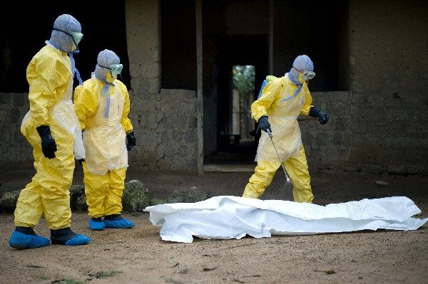 Doctor que descubrió el ébola advierte de un nuevo virus (enfermedad X) que podría se devastador