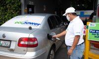 En el plan piloto se probaron las mezclas con 5% y 10% de etanol en cada galón de gasolina.  (Foto, Prensa Libre: MEM).