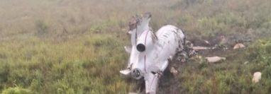 El Ejército de Guatemala localizó, este sábado 19 de diciembre, un avión tipo jet que se estrelló cuando intentaba aterrizar en un sector del Parque Nacional Sierra del Lacandón, Petén, el cual transportaba supuesta droga. (Foto Prensa Libre: Ejército de Guatemala)