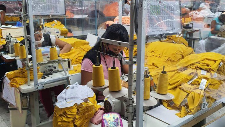 El Ministerio de Trabajo afirma que continuará con inspecciones para que se cumpla el pago del salario mínimo. (Foto Prensa Libre: Hemeroteca PL)