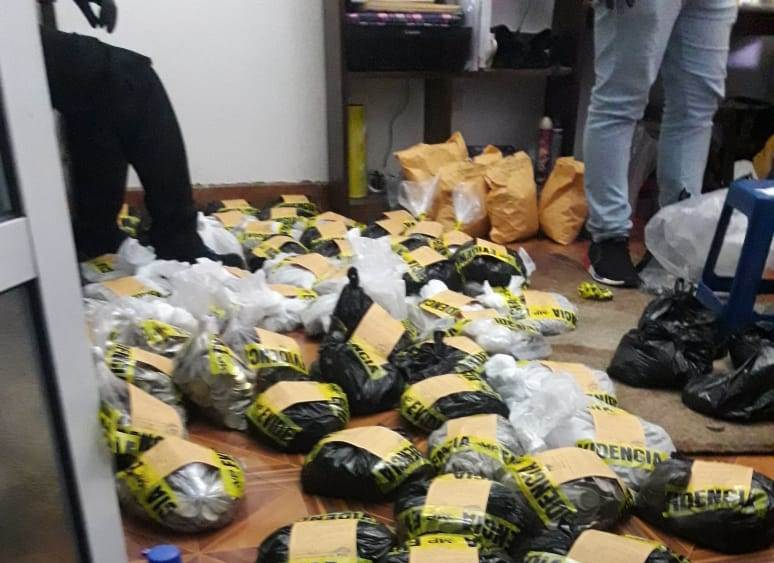 Incautan más de Q237 mil en casa de Mixco donde una mujer se suicidó