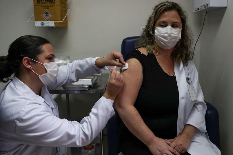 ¿Cuándo y qué vacunas estarán disponibles para América Latina?