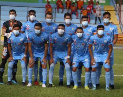 Los juegos reprogramados de Sanarate ante Comunicaciones y Xelajú MC tuvieron que ser suspendidos debido a seis nuevos casos positivos de coronavirus en el plantel sanarateco. (Foto Prensa Libre: Hemeroteca)