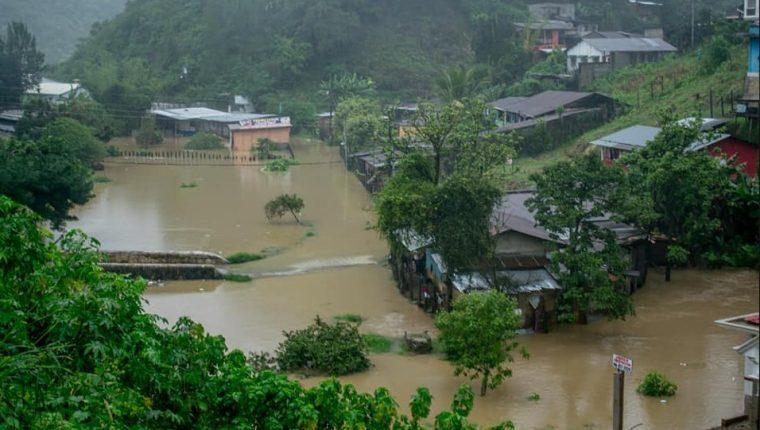 Las tormentas ETA e IOTA impactaron al país por varios días. (Foto, Prensa Libre: Hemeroteca PL).