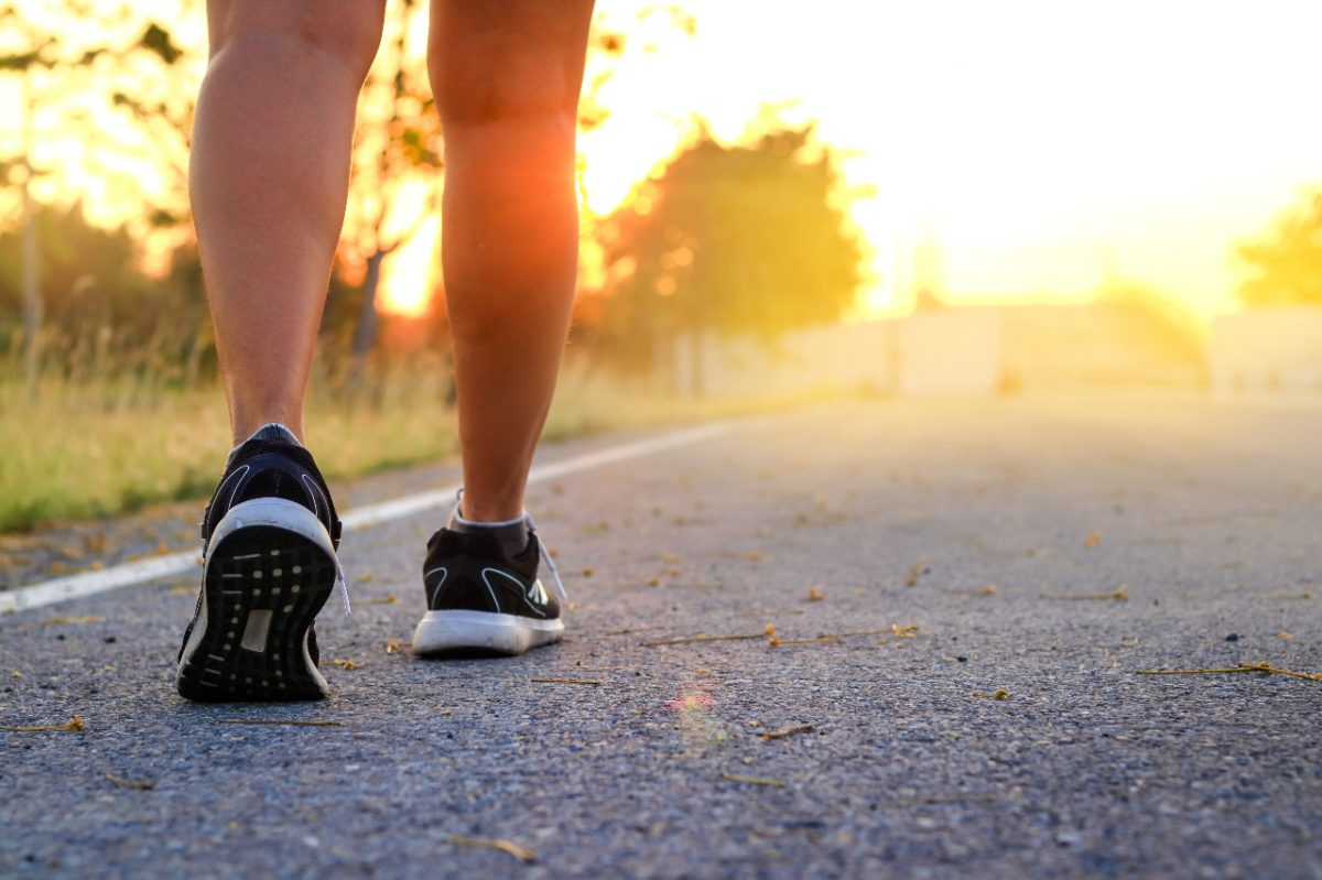 Once minutos de ejercicio al día pueden ayudar a contrarrestar los efectos de sentarse
