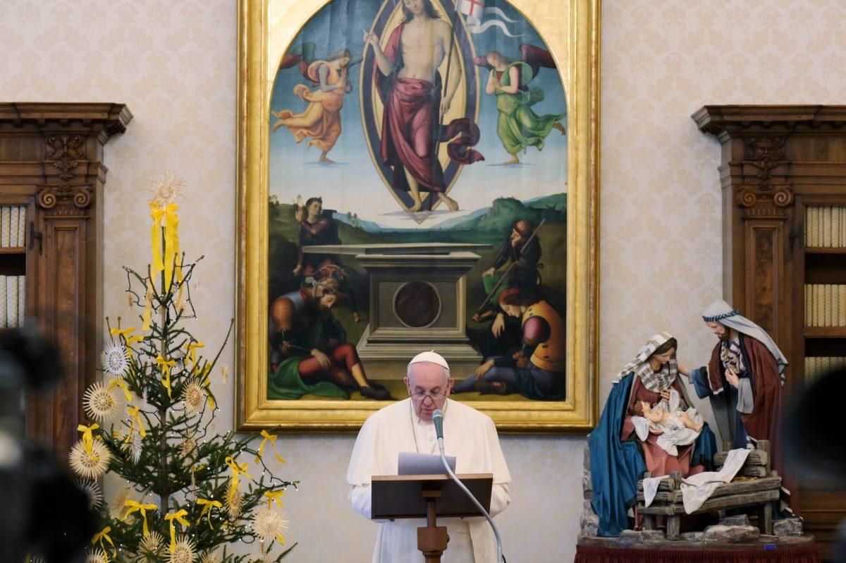 """""""La violencia siempre es autodestructiva"""": el papa pide proteger democracia estadounidense"""