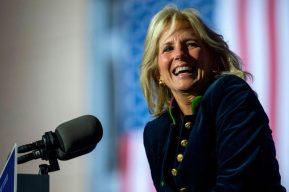 Quién es Jill Biden, la nueva primera dama de Estados Unidos, y qué se espera de ella en el cargo