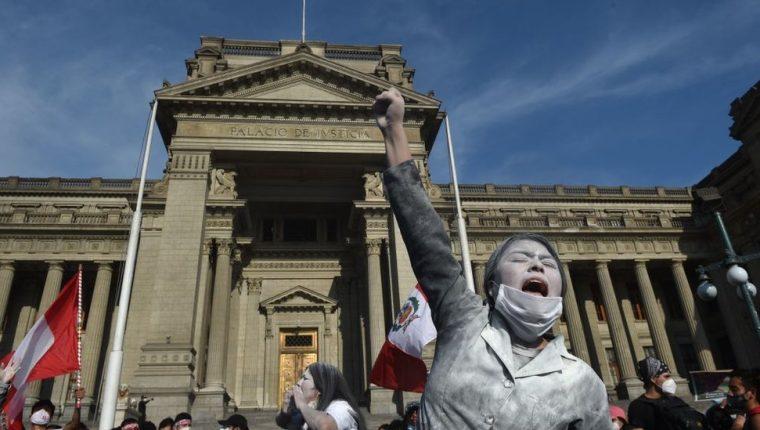 Tras su reciente ola de protestas, Perú es uno de los países latinoamericanos que irá a las urnas en 2021.