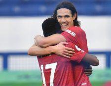 El 7 de noviembre, Cavani celebraba el tercer gol del Manchester United con su compañero, el brasileño Fred.